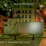 Le Monument aux morts d'Issy les Moulineaux le 10 décembre 2012